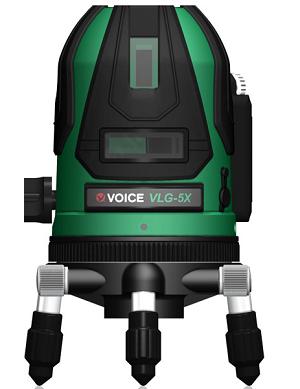 レーザー墨出し器の精度についての簡単まとめです。おすすめのグリーンレーザー墨出し器の公式サイトで公表されている精度など。ボイスレーザー墨出し器300
