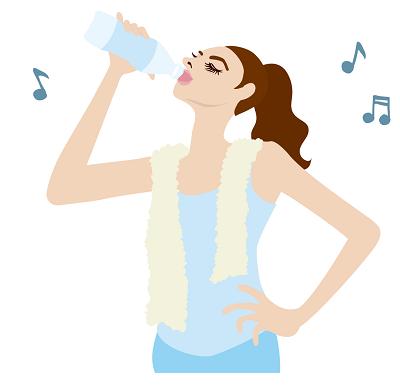 ウォーターローディングの飲み物は何が良いの?マラソンや登山のスポーツ、アウトドアで多くのアスリートに採用されている水分補給方法、ウォーターローディングの飲み物について、そして、飲み物として最近特に採用されている低分子クラスター浸透水の浄水ポットについて、簡単にまとめています。ウォーターローディングの飲み物400-2